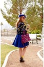 Blue-wool-beret-hat-magenta-leather-bag-blue-plaid-pumps