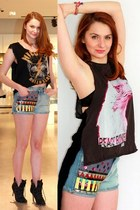 Guess shorts - Manolo Blahnik boots - Guess t-shirt