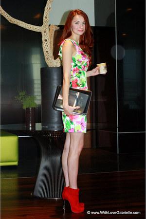 Black Halo dress - Aldo heels