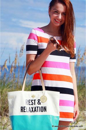 H&M dress - kate spade bag - wayfarer rayban sunglasses
