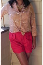Red-urban-outfitters-shorts-peach-thrifted-blouse-black-wooden-heels-jessica