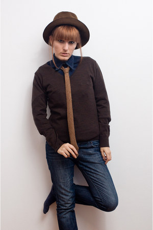 dark brown SundayMorningSale hat - dark brown vintage sweater - blue Jeans shirt
