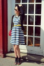 navy strip Primark dress - hot pink floral new look bag - rayban sunglasses