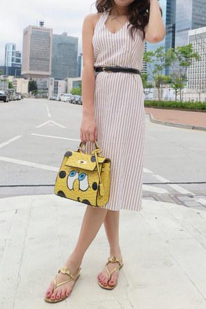 halter neck colour eighteen dress - yellow bag - tory burch sandals