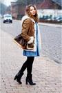 Black-baldinini-boots-sky-blue-denim-levis-dress-camel-closed-jacket