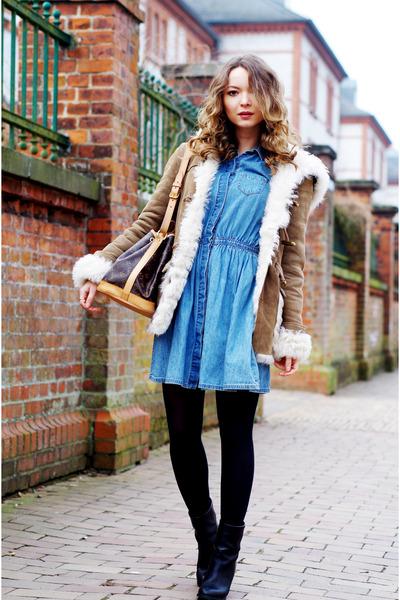 sky blue denim Levis dress - black baldinini boots - camel Closed jacket