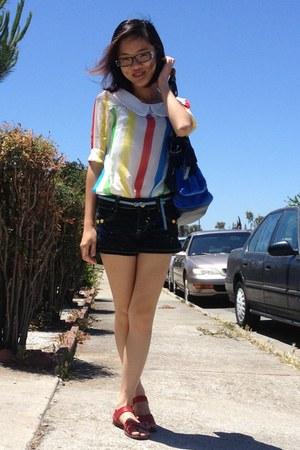 shirt - Juicy Couture bag - thrifted shorts - H&M belt - Steve Madden sandals