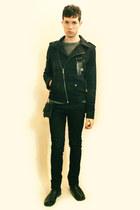 black boots - dark green Zara jacket - heather gray H&M sweater - black bag - si