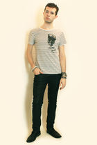 white Zara t-shirt - black Zara pants - black H&M shoes - silver Topman bracelet