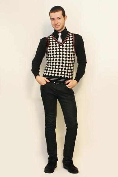 Misaky shirt - tie - vintage from Paris vest - Zara pants - shoes