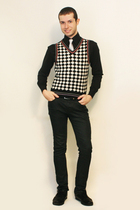 Misaky shirt - tie - vintage from Paris vest - Zara pants - shoes