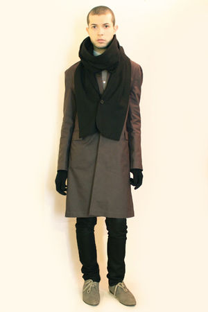 gray H&amp;M coat - gray H&amp;M shoes - gray Hanjiro shirt - black Deepstyle scarf