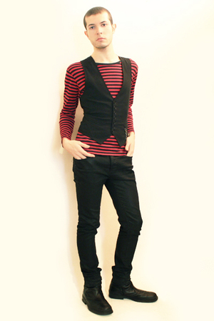 From Harajuku Tokyo t-shirt - Sisley vest - Zara pants - boots
