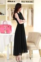 Hong Thoughs Dresses