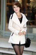 L G Modern coat