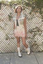 pink Forever21 skirt - blue vintage vest