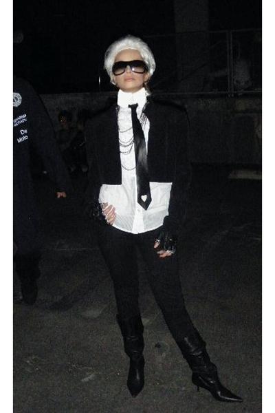 Karl Lagerfeld..<3