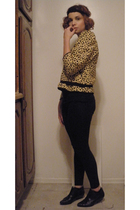 black vintage boots - yellow vintage top