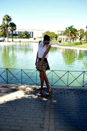 white bershka blouse - navy lefties skirt - white maripaz wedges