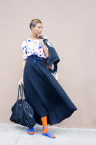 Barneys New York skirt - Prada bag - Givenchy sandals