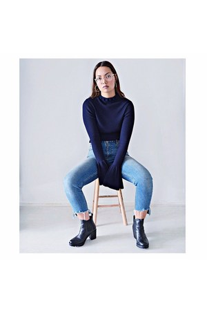 black shoes - sky blue jeans - navy belltop H&M Trend top