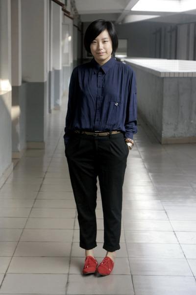 Blue Chapel Shirts, Brown Mango Belts, Black Pants, Red Shoes