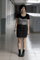 black DIZEN t-shirt - black HKD collections skirt - black H&M bracelet - black -