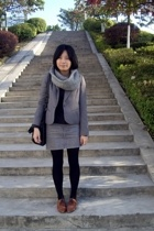 twopercent scarf - banana republic t-shirt - TH coat - Izzue skirt - dizen de br