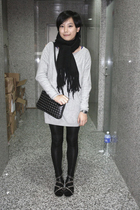 scarf - H&M dress - prezzo purse - leggings - puzzle shoes