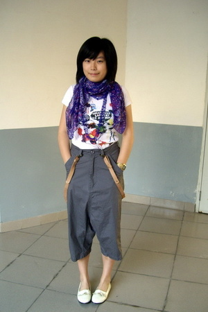 H&amp;M scarf - necklace - t-shirt -  pants -  accessories - NANING9 shoes