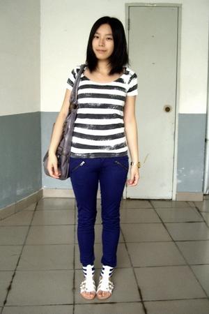 Izzue t-shirt - twopercent - twopercent pants - shoes