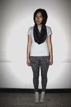 Zara t-shirt - twopercent scarf - Bershka leggings - Converse shoes