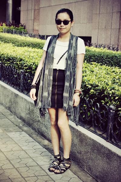 black rubi bag - brown H&M sunglasses - black HKR collections skirt - heather gr