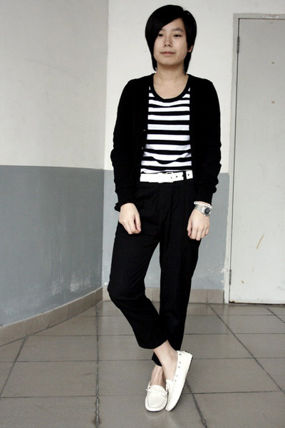 black giordano cardigan - black 5cm t-shirt - white Baby Jane belt - black pants