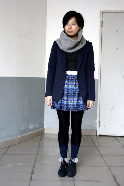 silver twopercent scarf - silver sweater - blue McQueen blazer - white Baby Jane