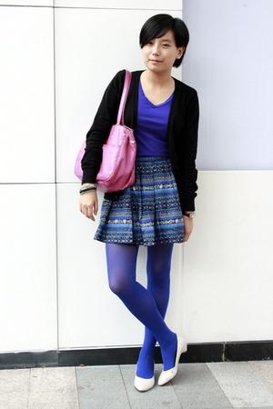 giordano coat - Giordano Concepts t-shirt - CnE purse - DIZEN skirt - Uniqlo tig