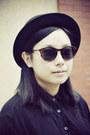 Black-bowler-5cm-hat-black-chapel-shirt-brown-h-m-sunglasses