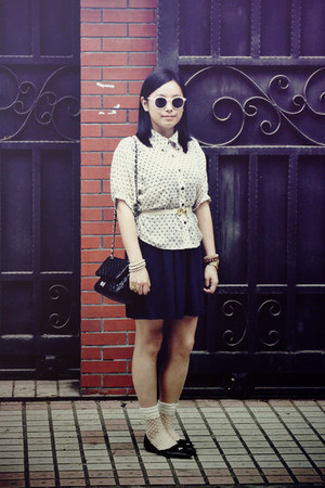 navy H&amp;M dress - black bag - white polka dots socks - cream H&amp;M sunglasses