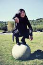 Black-puzzle-boots-black-h-m-blazer-black-h-m-scarf-black-pour-le-femme-pa