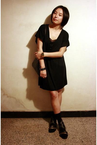 Victorias Secret dress - bracelet - prezzo - Uniqlo stockings - PEINK shoes