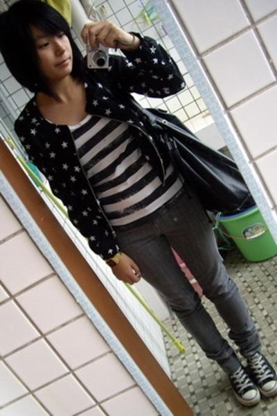 Izzue t-shirt - H&M jacket - Urban Renewal jeans - Mango purse - Converse shoes