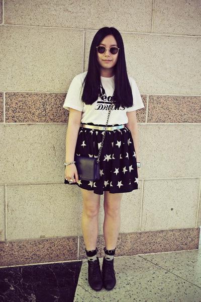 black Bata boots - navy CHOC boutique bag - brown Sovereign vintage sunglasses
