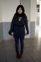 scarf - giordano t-shirt - lisamina coat - TH belt - pants - NANING9 shoes