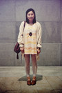 Brown-bag-nude-polka-dots-muji-socks-black-necklace-beige-as-know-as-pinky