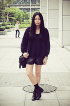 black Bata boots - navy Sukiired sweater - black rubi bag