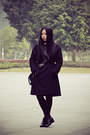 Black-bata-boots-charcoal-gray-wingfree-coat-black-a-bow-sweater