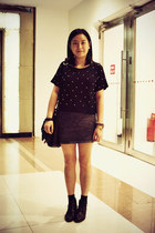 Bata boots - rubi bag - studs chapel bracelet - H&M skirt - hexagram ring - pear