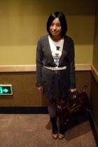 lisamina - t-shirt - Baby Jane belt - CON skirt - - CnE shoes