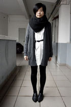 black H&M scarf - white shirt - black belt - black leggings - black shoes