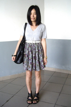 t-shirt - Baby Jane belt - H&amp;M bracelet - skirt - Mango - PEINK shoes